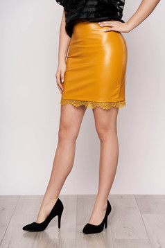 Elegant mustard skirt from ecological leather with lace details