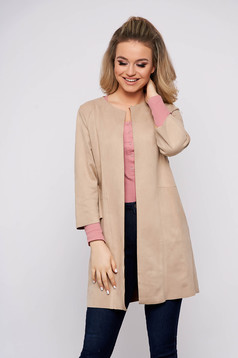 Cream cardigan from velour with straight cut with 3/4 sleeves casual