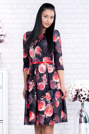 Black dress with floral prints accessorized with belt office cloche short cut cloth
