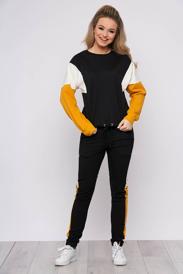 Mustard sport 2 pieces from two pieces cotton with laced details pants fastened with a cord