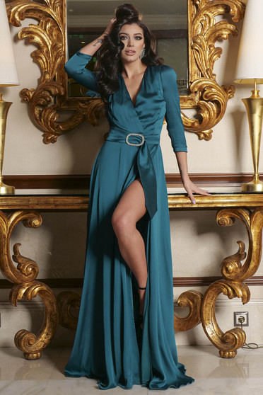 Turquoise dress accessorized with a waistband slit with v-neckline occasional cloche long from satin